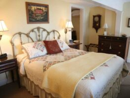 Lexington Room, Inn at Stony Creek