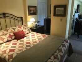 The Americana Suite, Inn at Stony Creek