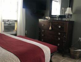 Mt Adam Room, Inn at Stony Creek